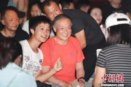 """70岁""""无腿登山家""""夏伯渝:一生不变的珠峰之梦"""