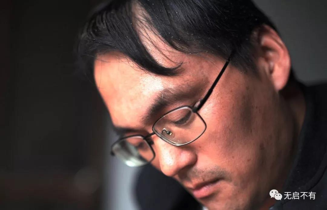 患强直性脊柱炎26年,寅阳人陈泉用一只兔子灯照亮人生