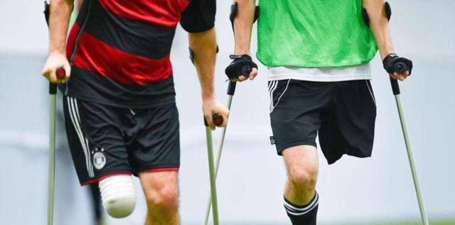 让残疾人现场展示身体残缺部位?西安华清宫景区:你给我走两步!